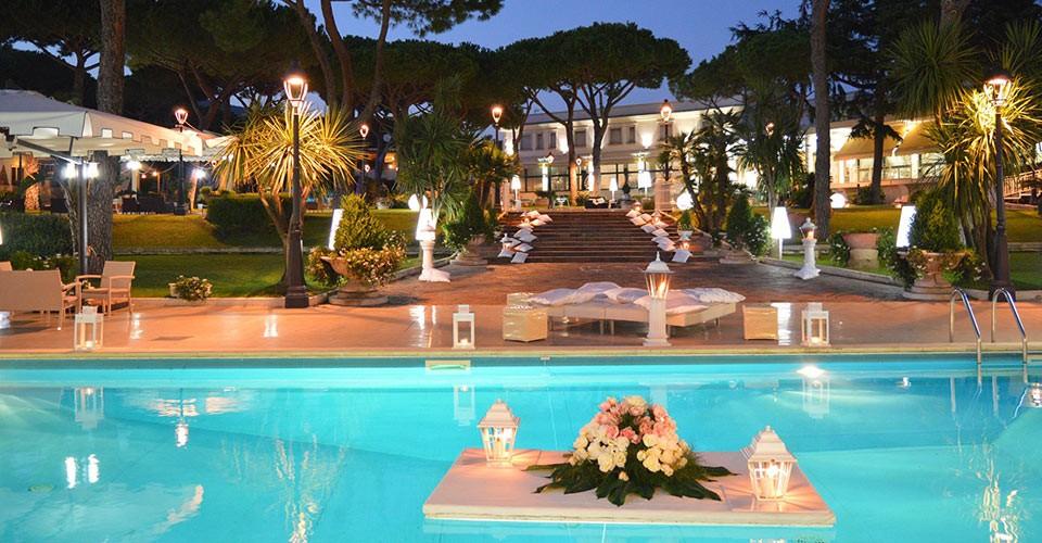 Royal vesuvio location con piscina napoli piscina per for Cuscini galleggianti piscina